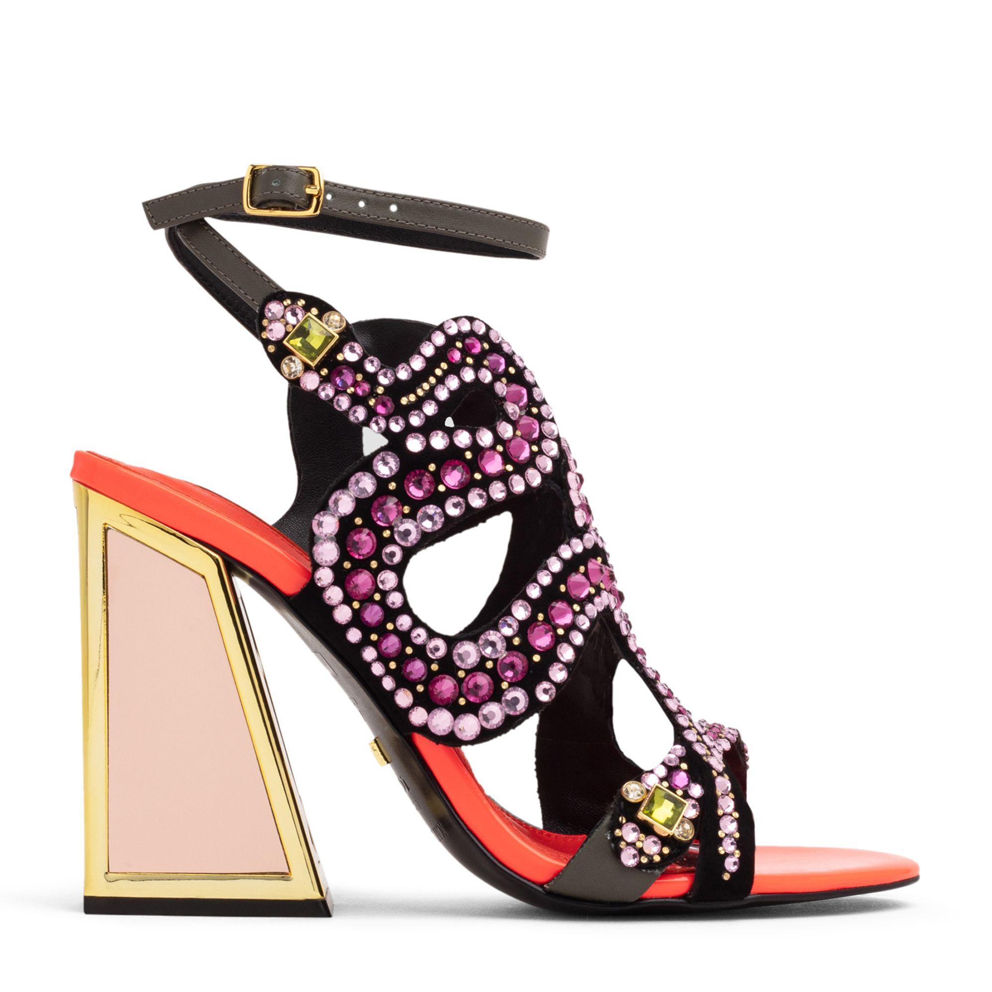 Delia sandals
