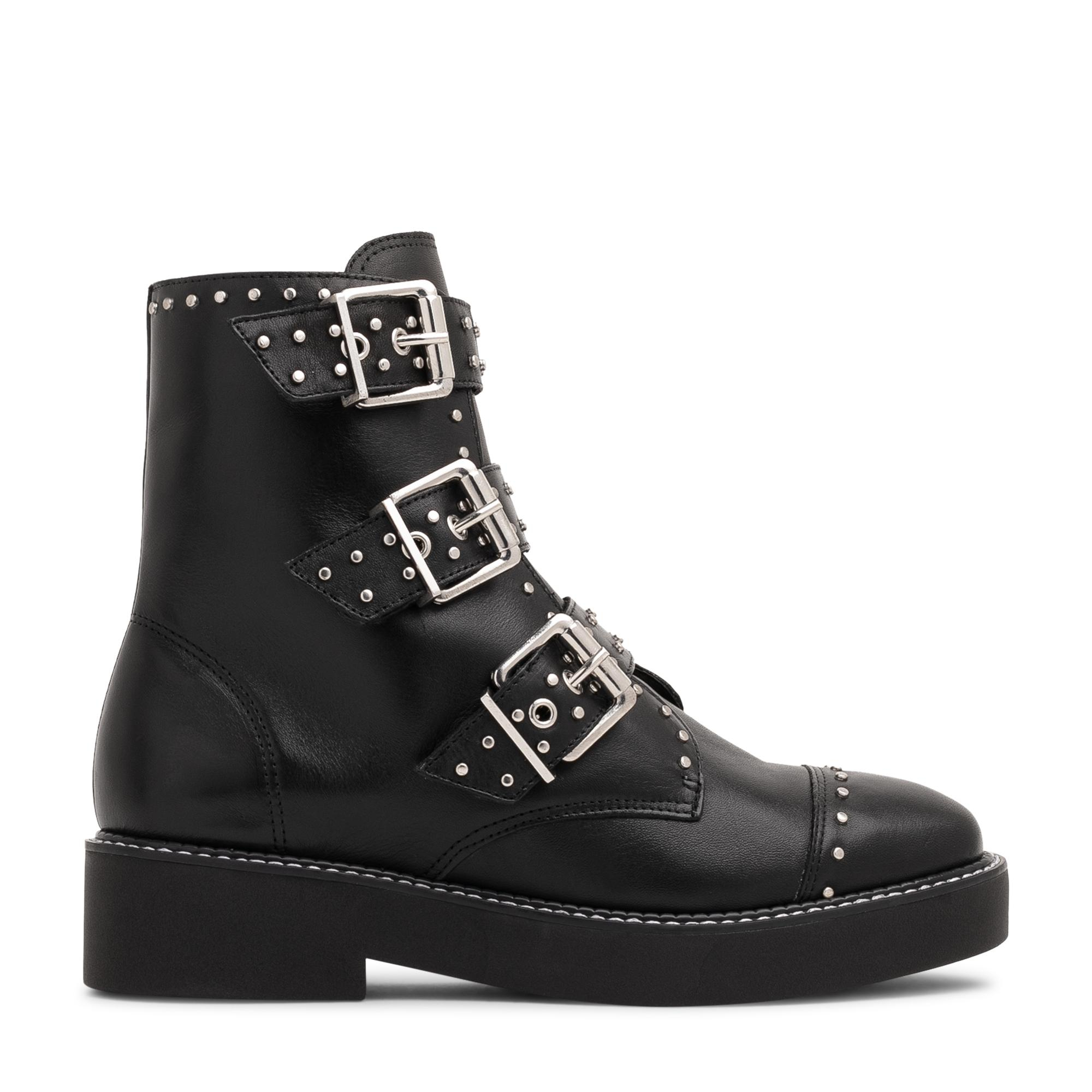 Caligas boots
