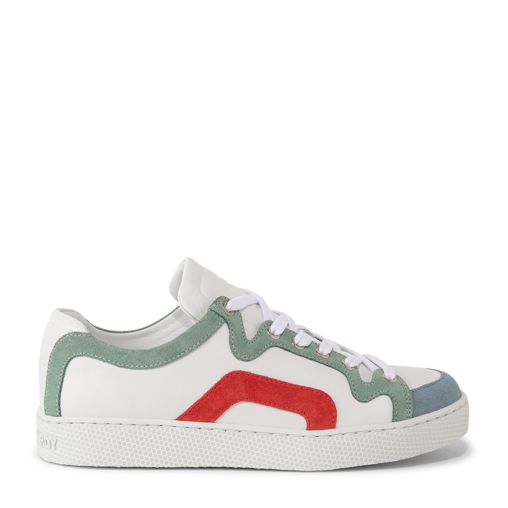 104 sneakers